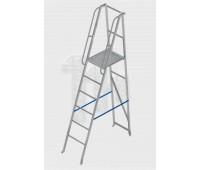 Лестница-платформа фиксированной высоты алюминиевая с шипами